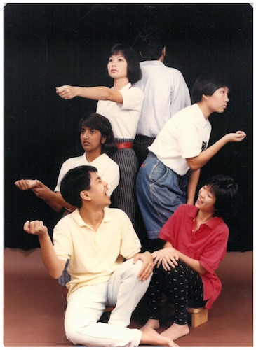 Lanterns Never Go Out (1990) was first staged in 1989, written by Haresh Sharma and directed by Alvin Tan. The 1990 restaging featured cast members including Anita Dorett, Kuang Farong, Mabel Lee, Henry Lim, Low Kah Wei and Geraldine Yeo. Image credit: The Necessary Stage