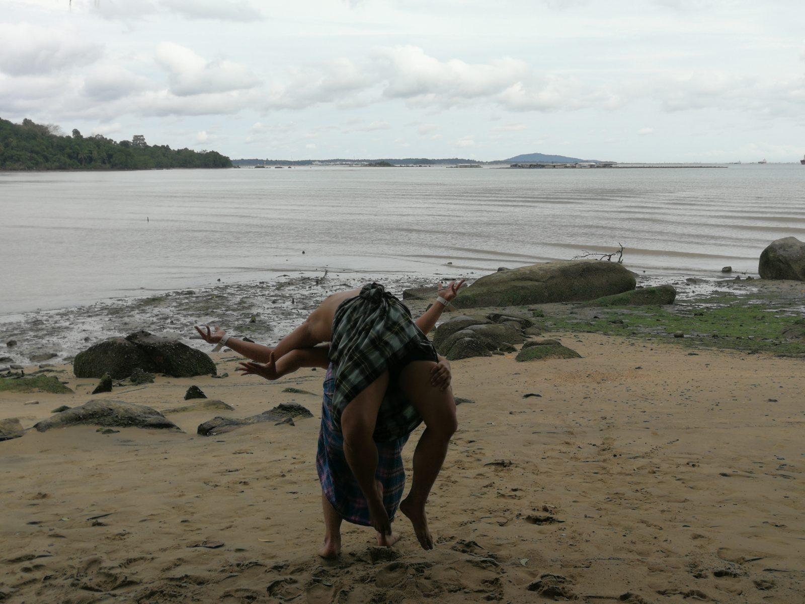 A scene from Cinta Tuah Jebat by akulah BIMBO SAKTI.