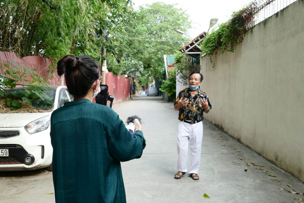Loc Vang, the Yellow music singer from Hanoi.